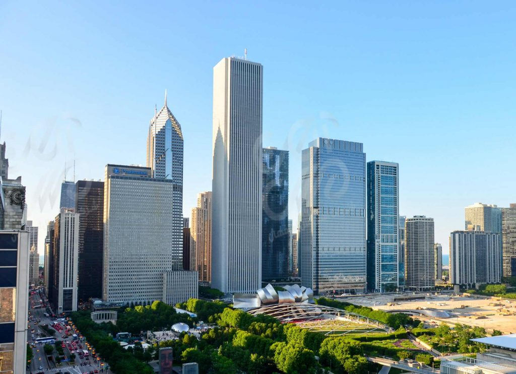 ایون-سنتر-واقع-در-شیکاگو